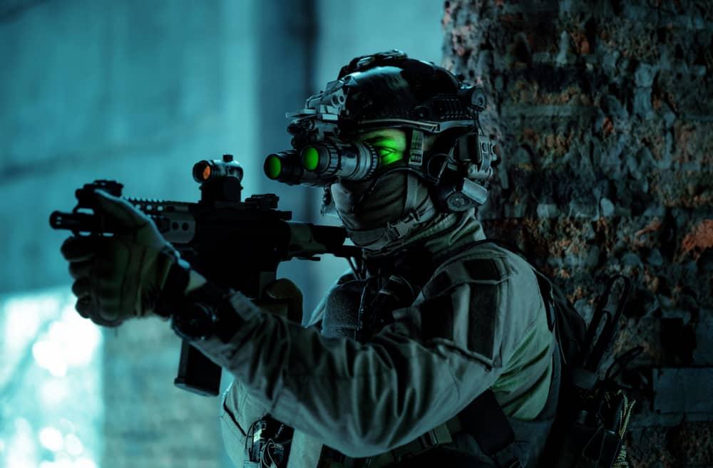 lampe led adapté à la vision nocturne militaire